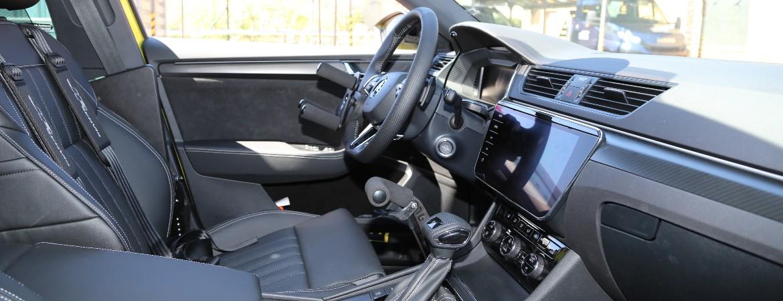 Ruční ovládání KVADRO Škoda Superb
