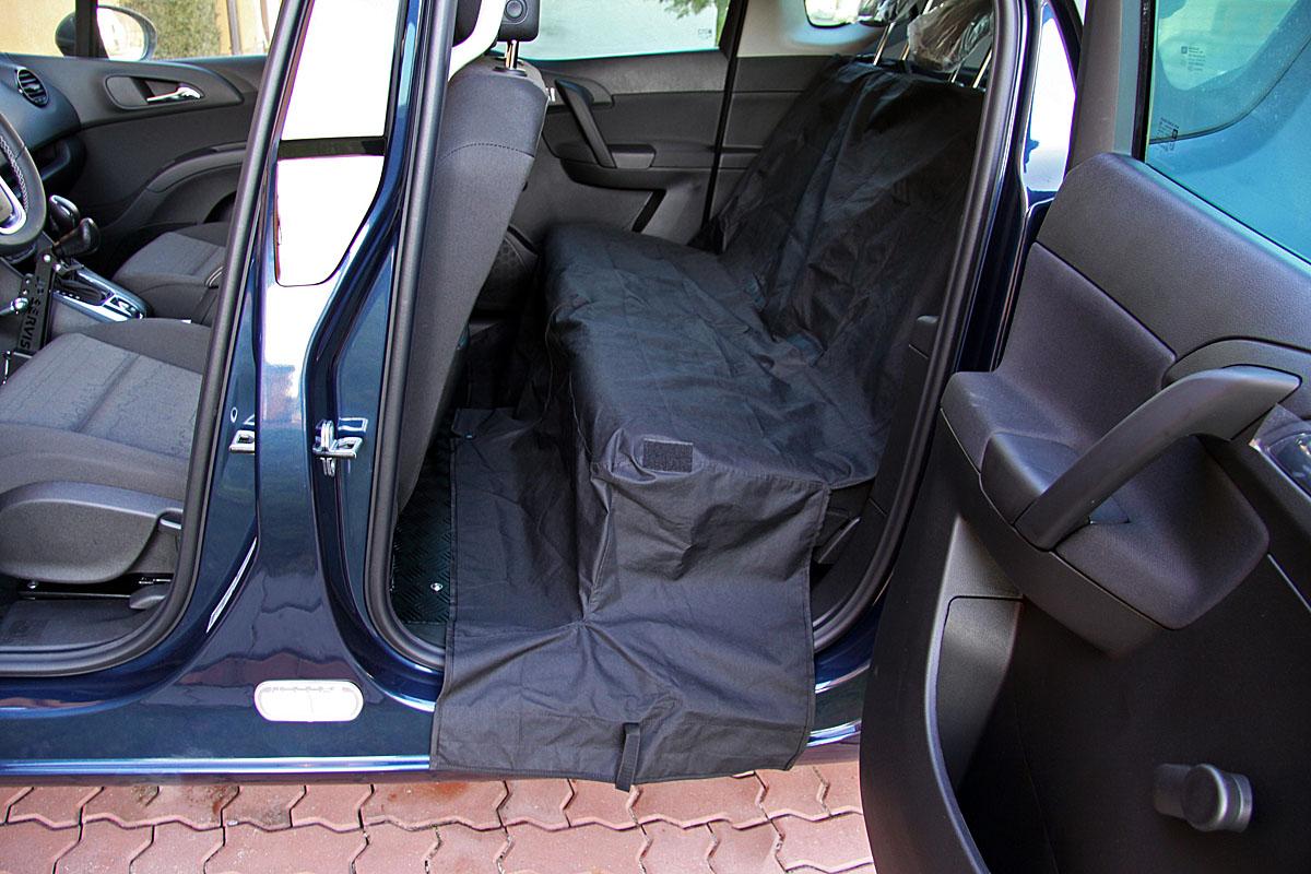 Ochranný kryt zadních sedadel