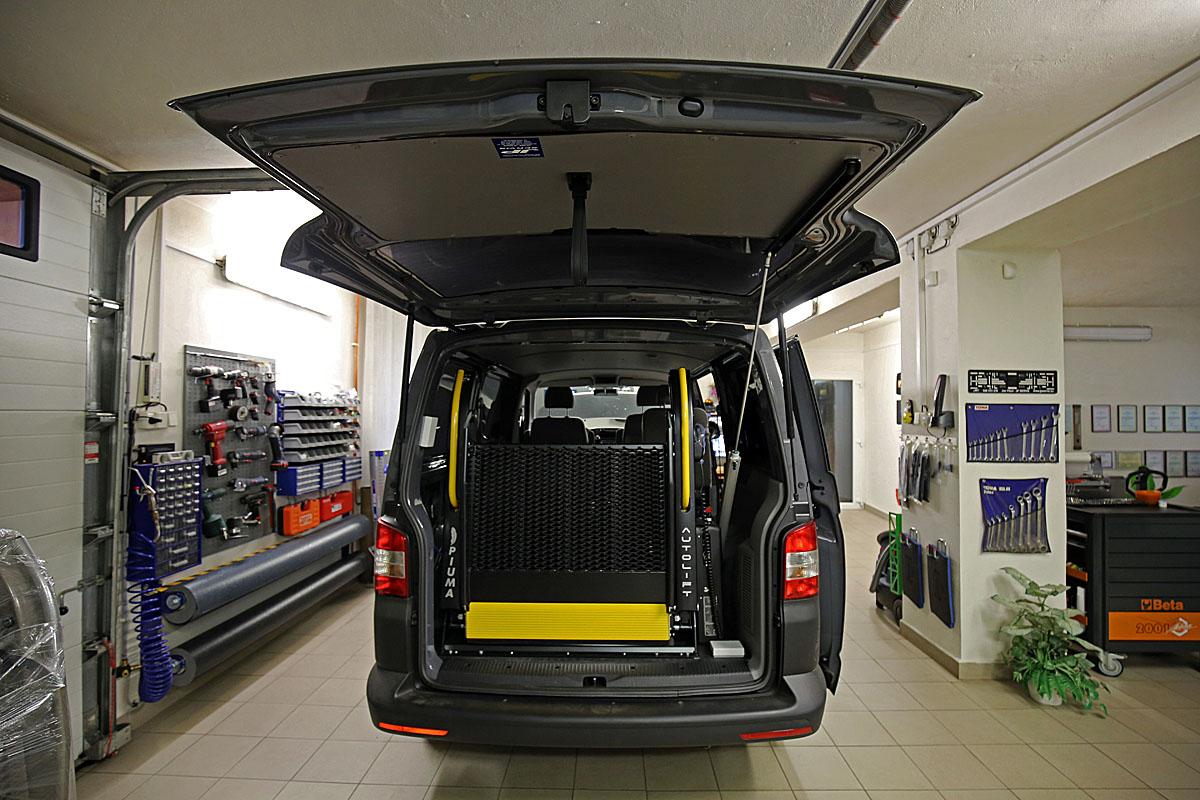 Elektropneumatické otevírání zadních výklopných dveří A-Hatch